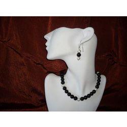 N-00012 Naszyjnik z perełek szklanych, czarnych promocja!