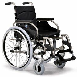 Wózek inwalidzki wykonany ze stopów lekkich V300 XXL VERMEIREN
