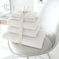 Komplet: 2 ręczniki kąpielowe + 2 ręczniki + 2 rękawice, gramatura 420 g/m2