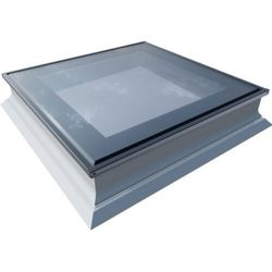 Okno do dachów płaskich OKPOL PGX B1 PVC 80x80 nieotwierane 3-szybowe