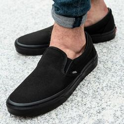 Vans UA Classic Slip-on (VN000EYEBKA1)